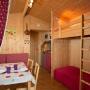 Alquiler glamping cabaña de madera en Mediodía-Pirineos - Occitania, Ariège: habitación interior