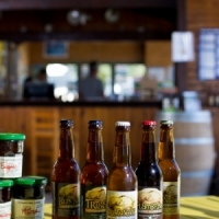 Weinstube Lebensmittelgescharft lokale produkte camping in Ariege Okzitanien, Frankreich