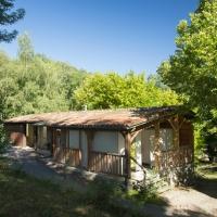 Sanitaires en pleine nature à l'éco camping en Occitanie